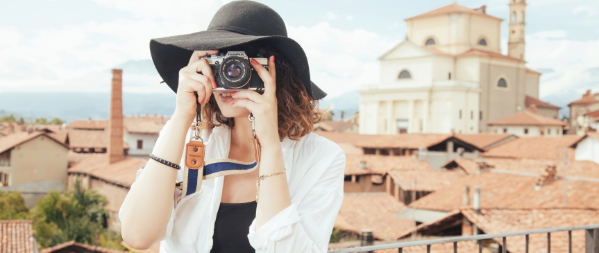 Four Themes for Photographers andPhotobloggers