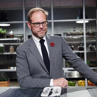 "Alton Brown Announces New Show ""Return of the Eats"" at Dragon Con"