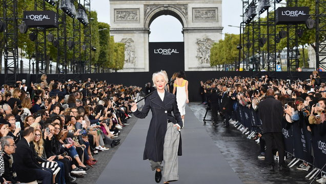 Le Défilé L'Oréal Paris Took Over The World's Fashion Capital This Past Sunday During Paris Fashion Week