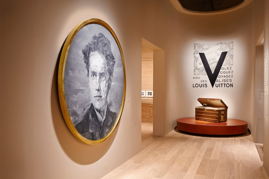 "The Global Journey of ""Voguez, Volez, Voyagez – Louis Vuitton"" Continues With its Arrival in New York City"